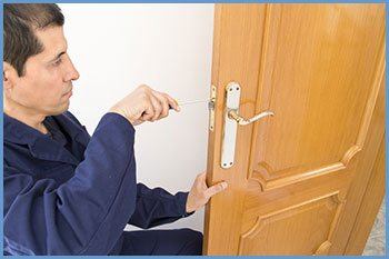 State Locksmith Services Kansas City, MO 816-227-1018